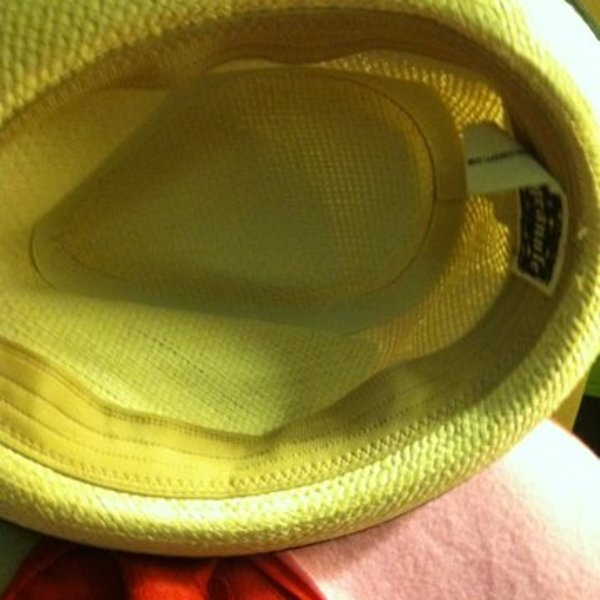 Cute fedora hat is being swapped online for free