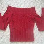SMALL wide neck Red SWEATER is being swapped online for free