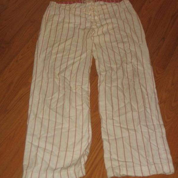A&F White Pajama Pants w/Red Stripe is being swapped online for free