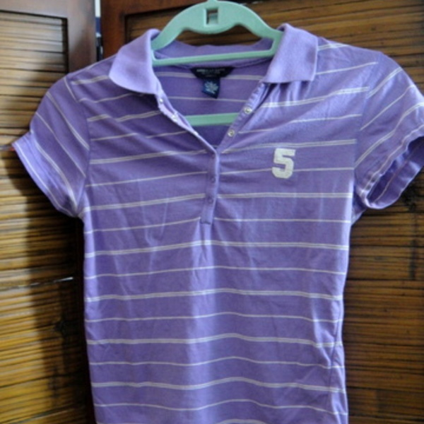 purple and white striped american eagle top is being swapped online for free