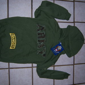 SMALL green ARMY sweatshirt is being swapped online for free