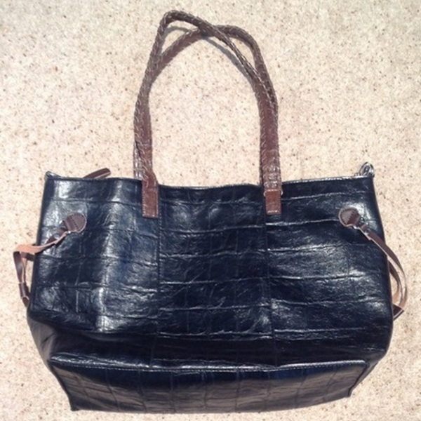 Black Crocodile Print Tote Bag, large size. is being swapped online for free