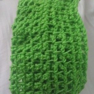 Custom crocheted infinity scarf is being swapped online for free