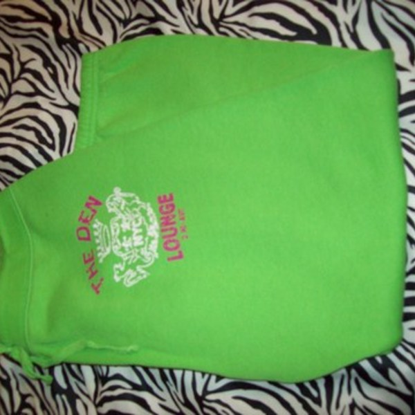 neon green sweat!(: is being swapped online for free