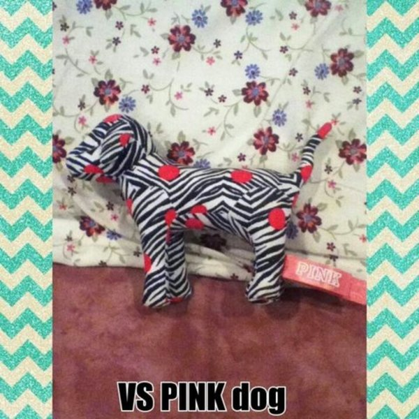 Zebra vs pink dog is being swapped online for free