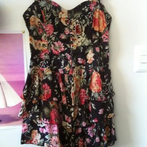 Floral Dress is being swapped online for free