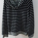 Striped Hooded Top (XL) is being swapped online for free