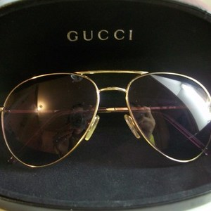 Authentic Gucci Aviators  is being swapped online for free