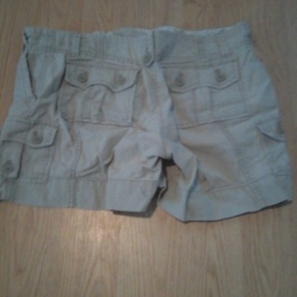 Tan Women's Shorts is being swapped online for free