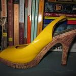Yellow Heels is being swapped online for free
