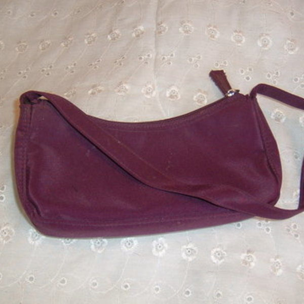 purple makeup bag is being swapped online for free
