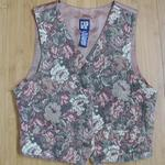 GAP Tapestry Vest is being swapped online for free