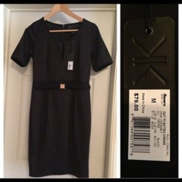 NWT kardashian dress size M is being swapped online for free