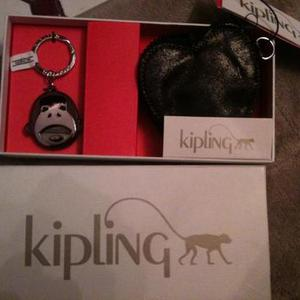 NWT Kipling wallet and keychain is being swapped online for free