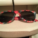 tiedye print tilly's sunglasses is being swapped online for free