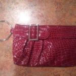 Red clutch purse is being swapped online for free