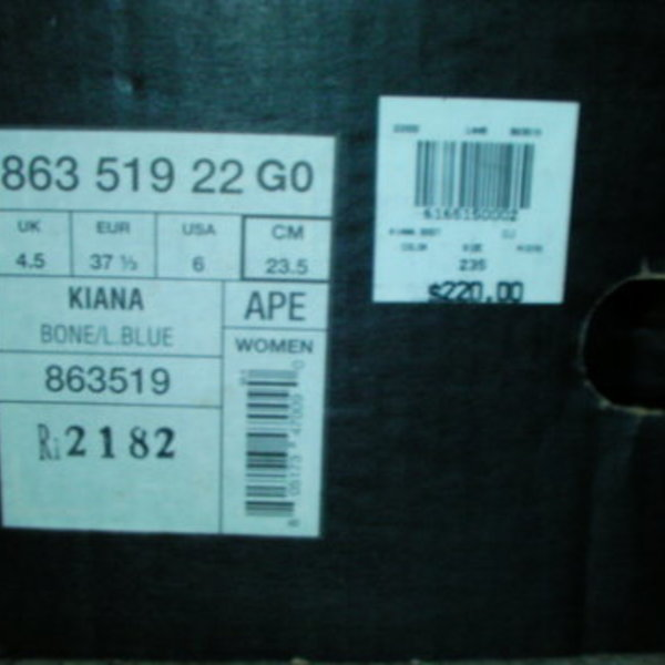 In Box Salomon Kiana Snowboard Boots 6 is being swapped online for free