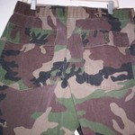 Vintage Camo Utility Pants 36x31 is being swapped online for free