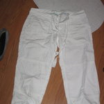 American Eagle - White Capri Pants w/Pockets & Drawstring - sz6 is being swapped online for free