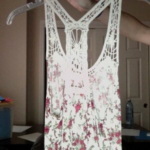 Floral Crochet Tank medium is being swapped online for free