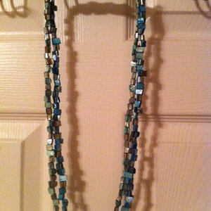 set of two necklaces (blue and green) from Old Navy is being swapped online for free