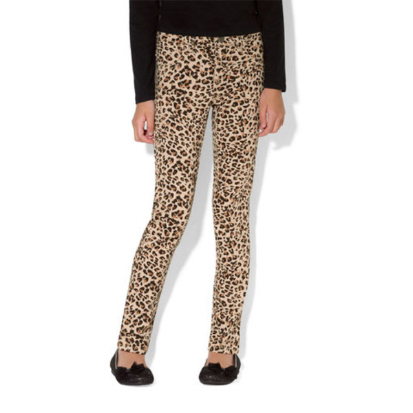Leopard Jeggings is being swapped online for free