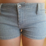 navy striped shorts is being swapped online for free