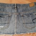 American Eagle size 6 Denim Skirt is being swapped online for free