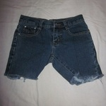 7 For All Mankind Shorts is being swapped online for free