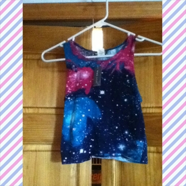 nwt galaxy crop top:) is being swapped online for free