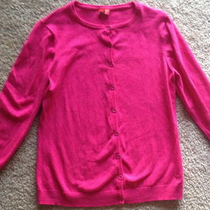 Hot Pink Cardigan by Espirit is being swapped online for free
