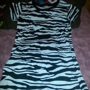 Zebra tee shirt is being swapped online for free
