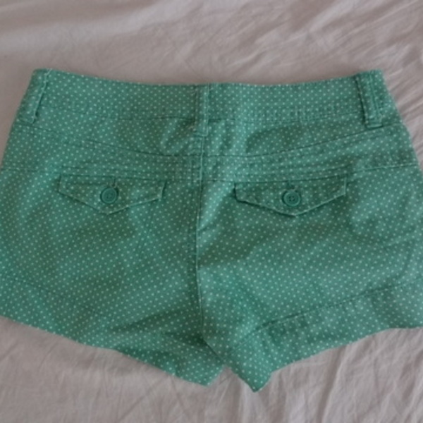 American Rag Mint Polkadot Shorts is being swapped online for free