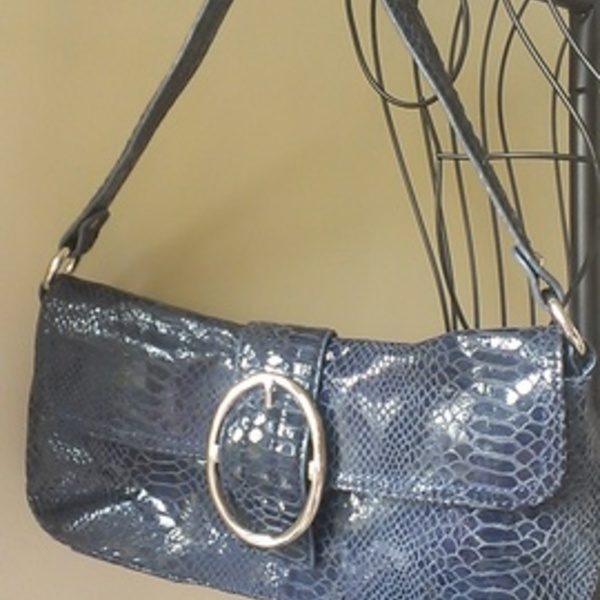Alfani Leather Snakeskin Bag is being swapped online for free