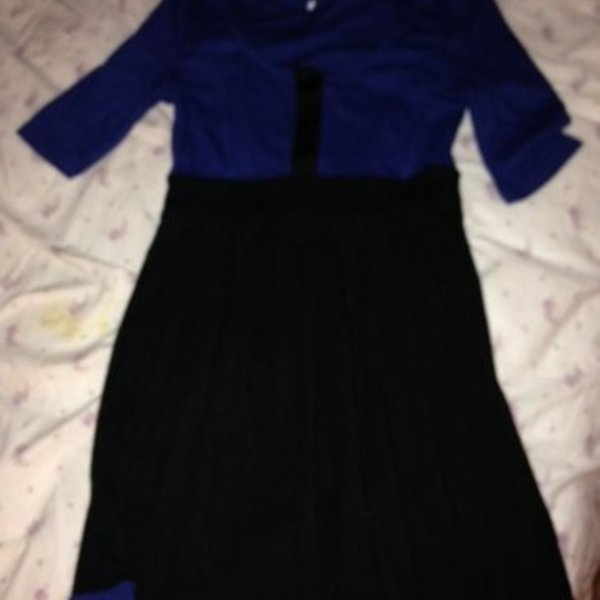 3/4 sleeve dress is being swapped online for free