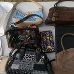 Lot of purses/bags/clutches/wallets is being swapped online for free