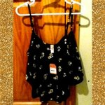 NWT Daisy Crop Tank is being swapped online for free