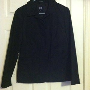 Gap Blazer is being swapped online for free
