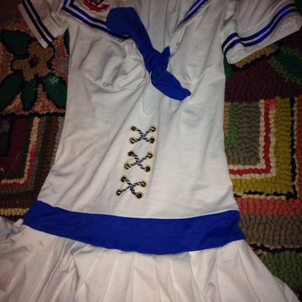 Sailor dress is being swapped online for free