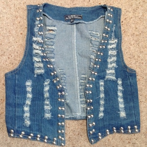 New York Laundry Denim Waistcoat - Size UK 8, stonewash blue. is being swapped online for free