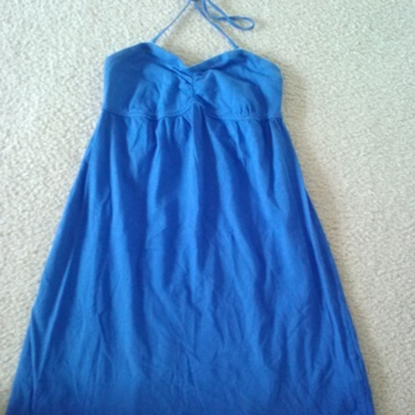 Blue Summer Dress is being swapped online for free