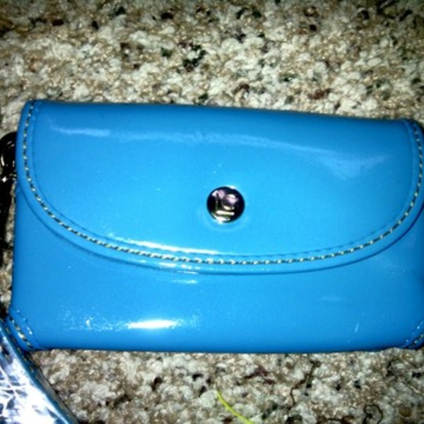 LIZ CLAIBORNE BLUE CELL PHONE CASE/PURSE is being swapped online for free