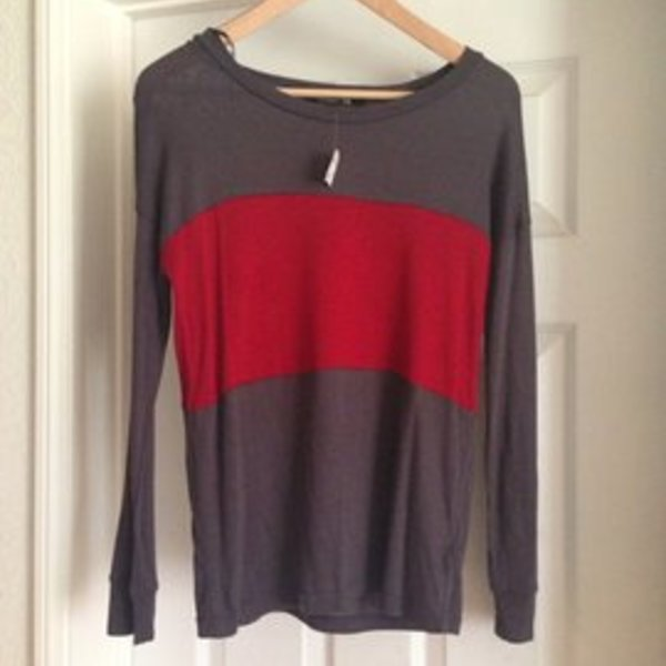 NWT Forever 21 long sleeve size Small is being swapped online for free