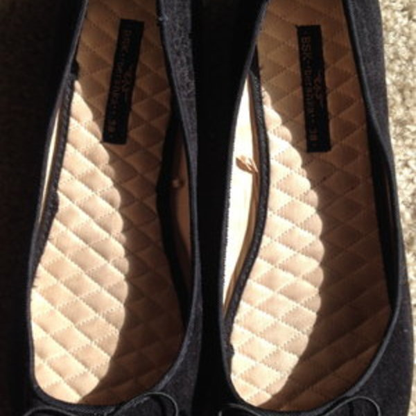 BSK Bershka Flats, Size: 38/8M is being swapped online for free