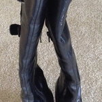 Anna Michelle Boots, 6.5M is being swapped online for free
