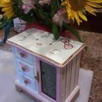 Hello Kitty Hand painted Jewelry Box is being swapped online for free