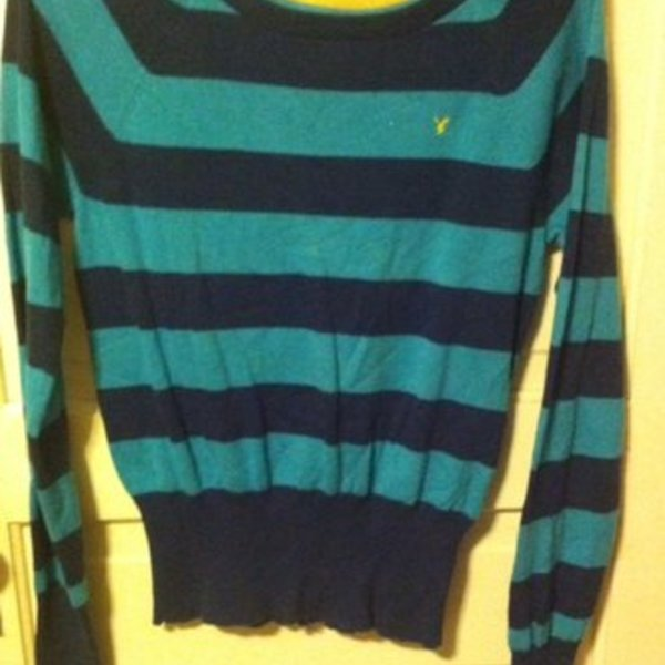 american eagle blue stripe sweater is being swapped online for free