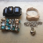 Jewelry Lot is being swapped online for free