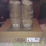 Ugg Chesnut Short Boots 8 is being swapped online for free