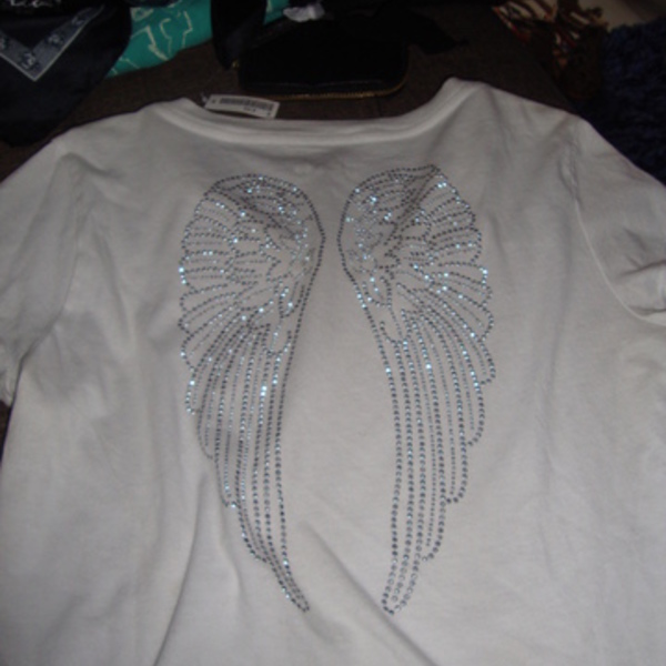 Aeropostale Angel Wing Top is being swapped online for free